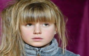 ילדה מפחדת